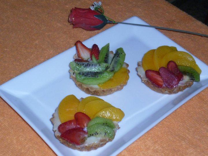 Tartaletas de Kiwi, fresa y melocoton