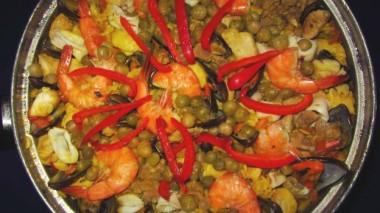 Seafoods-Paella-10-624x350