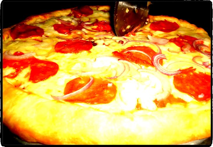 milky pizza pin