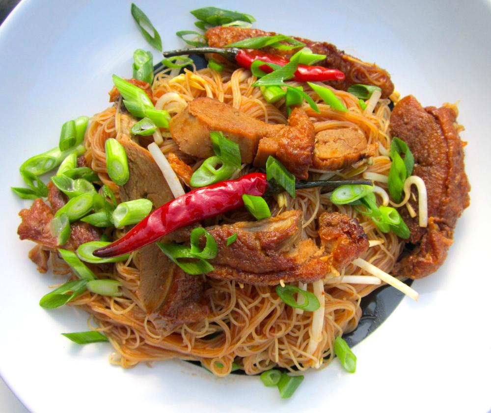 chili duck rice sticks